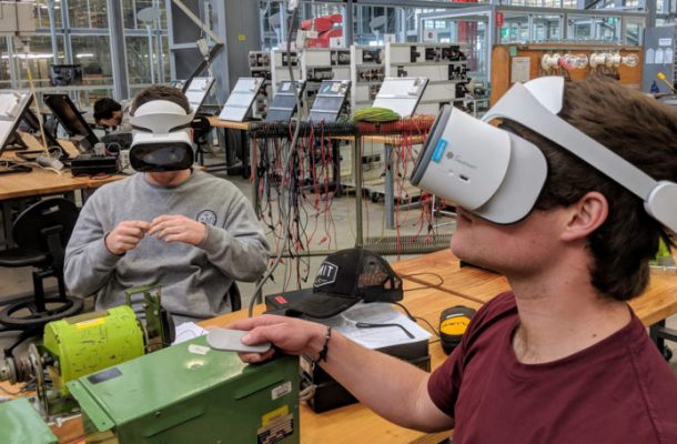 Virtual reality bridges gap between hazardous workplaces and